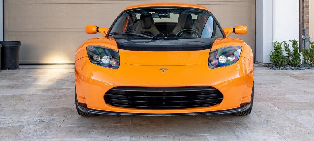 2011_tesla_roadster-pic-3751915550387310271-1024x768