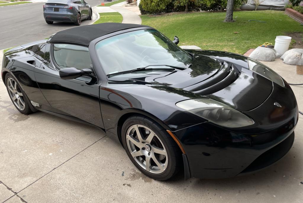 Black Tesla Roadster
